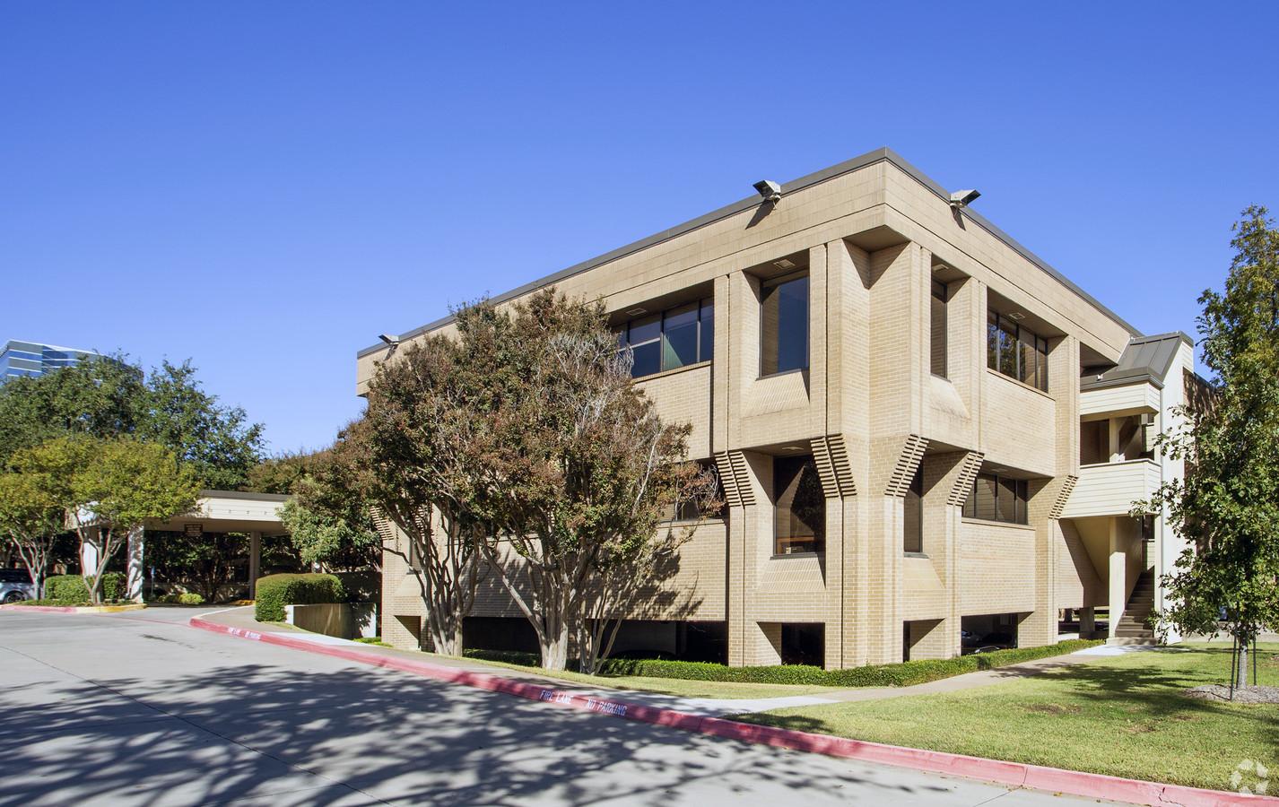 Medical Office Suite in Dallas - Suite 200