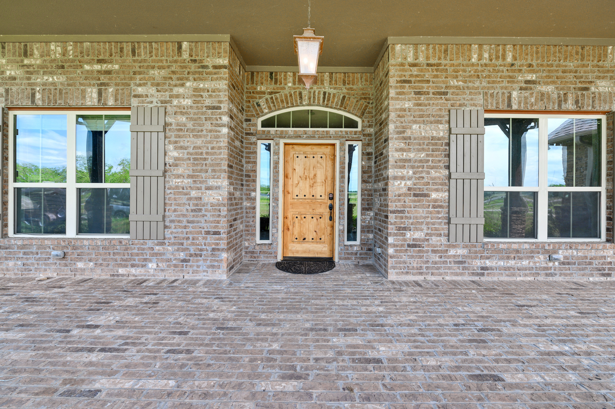 Custom Country Home with Acreage in Sealy - Image 37 of 46