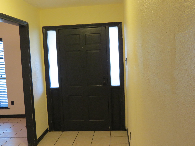 Custom Home in Dickinson, TX - Image 27 of 40