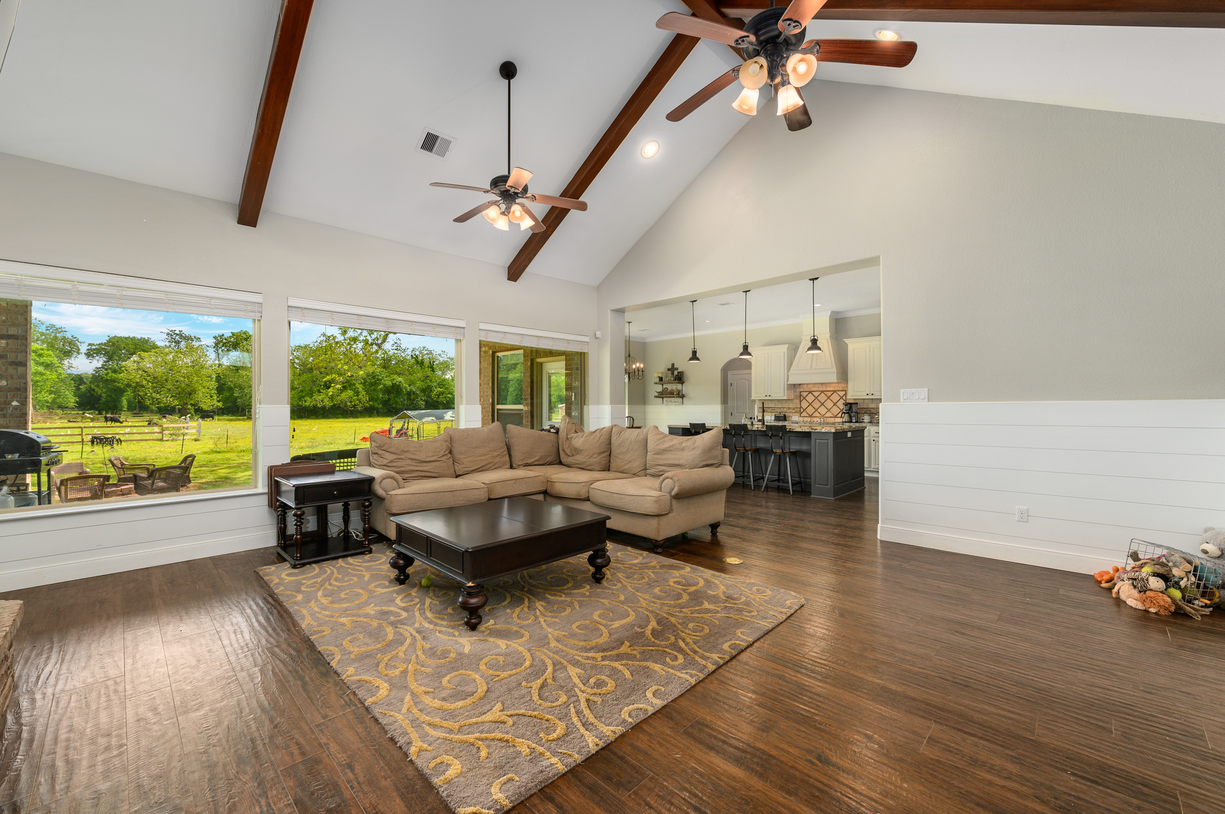 Custom Country Home with Acreage in Sealy - Image 18 of 46