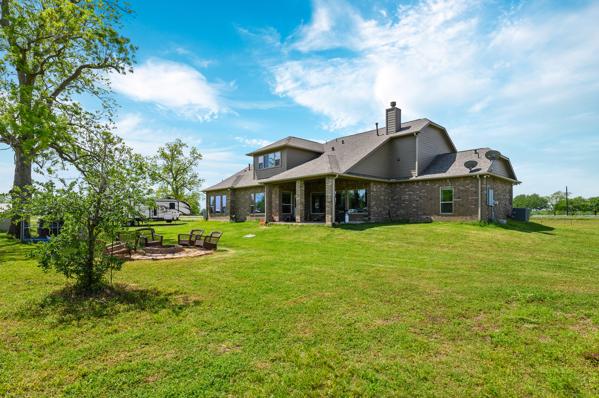 Custom Country Home with Acreage in Sealy - Image 46 of 46
