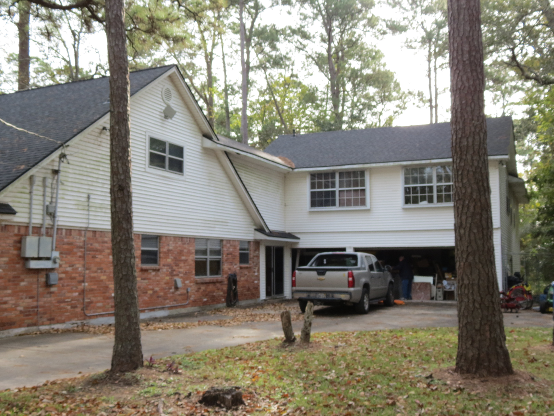 Custom Home in Dickinson, TX - Image 38 of 40