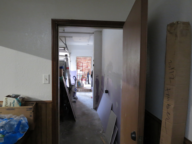 Custom Home in Dickinson, TX - Image 7 of 40