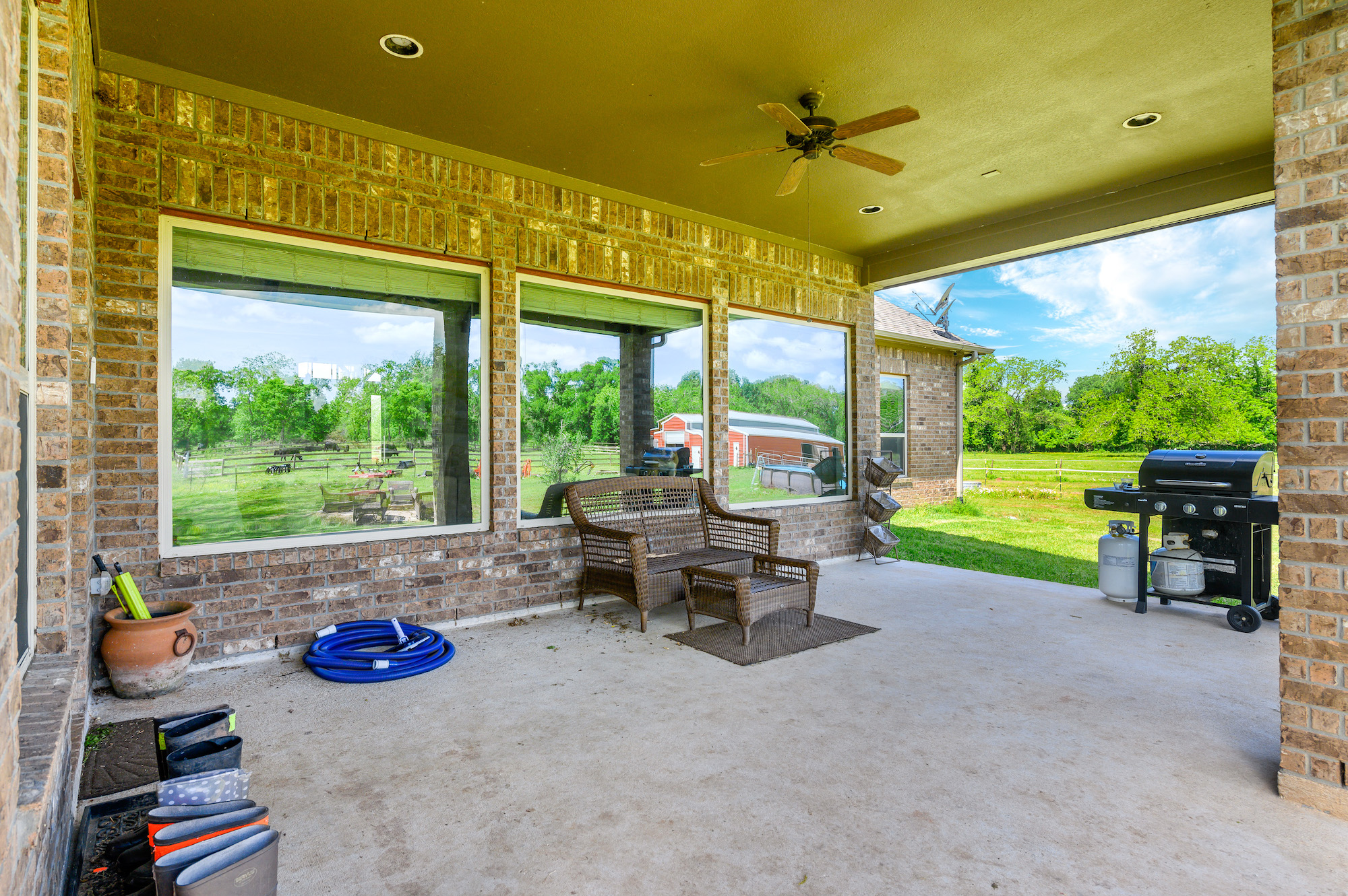 Custom Country Home with Acreage in Sealy - Image 42 of 46