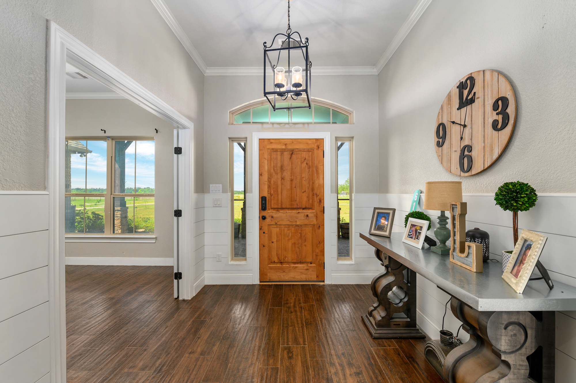 Custom Country Home with Acreage in Sealy - Image 11 of 46