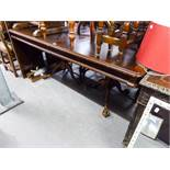 A LARGE INLAID MAHOGANY REPRODUCTION TWIN PEDESTAL DINING TABLE WITH TWO EXTRA LEAVES