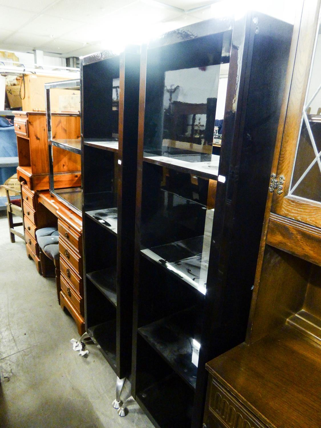 Lot 29 - PAIR OF MODERN BLACK HIGH GLOSS FINISH OPEN BOOKCASES AND A THREE TIER SIDE TABLE WITH GLASS SHELVES