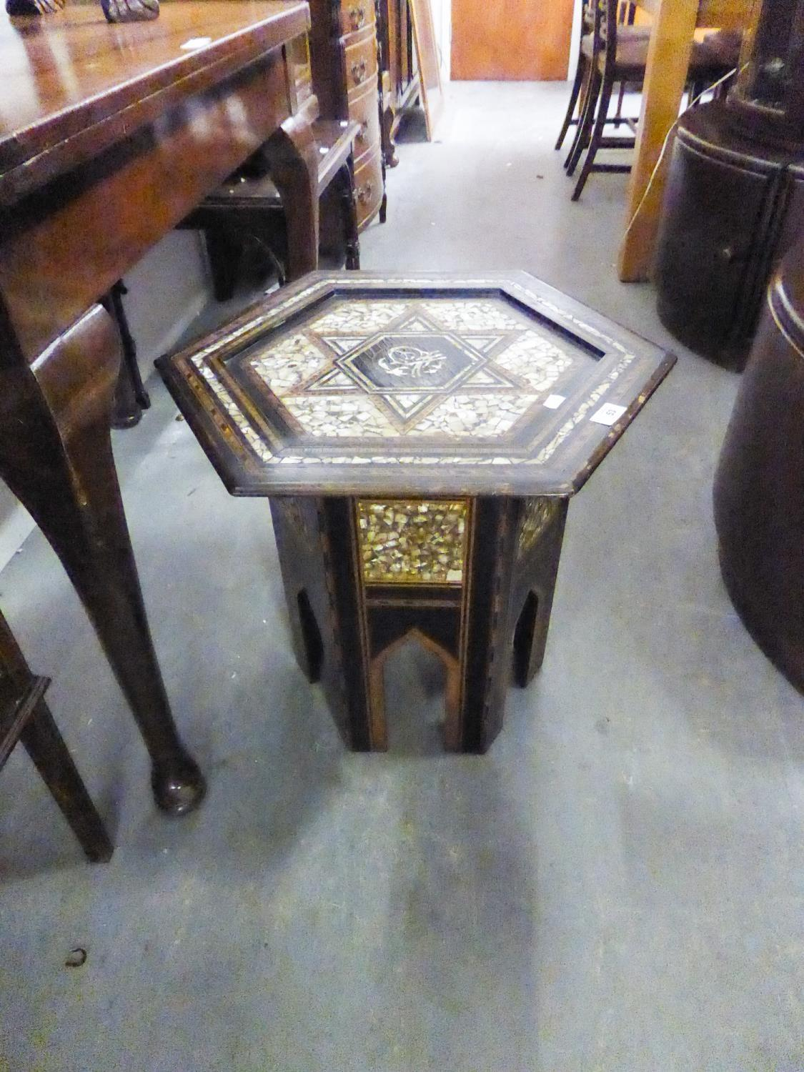 EARLY TWENTIETH CENTURY INDIAN TABLE, HAVING HEXAGONAL TOP ON SHAPED BASE, WITH MOTHER O'PEARL AND