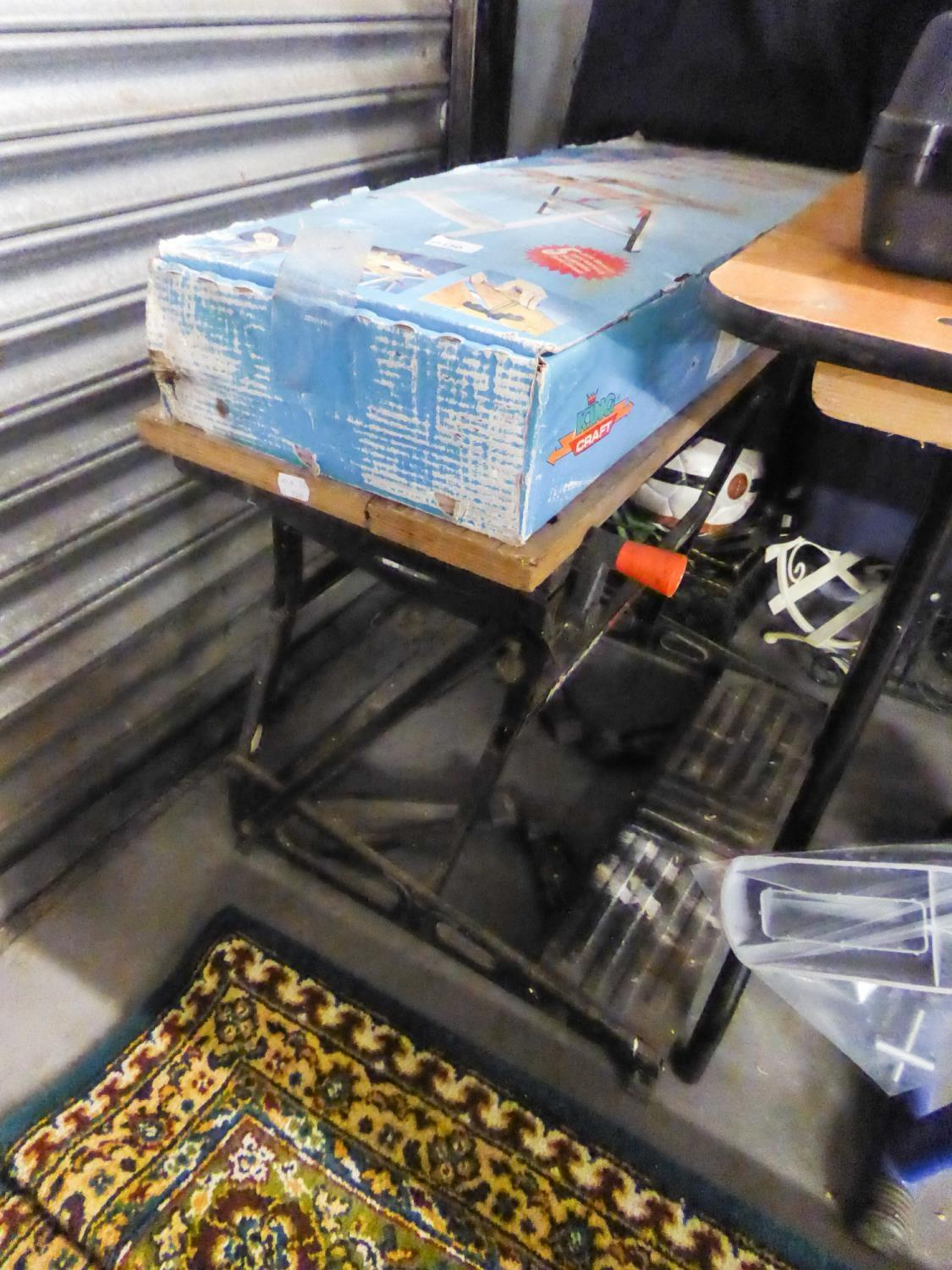 Lot 150 - A BLACK AND DECKER WORKMATE AND A 'KING CRAFT' WORK BENCH, BOXED AS NEW