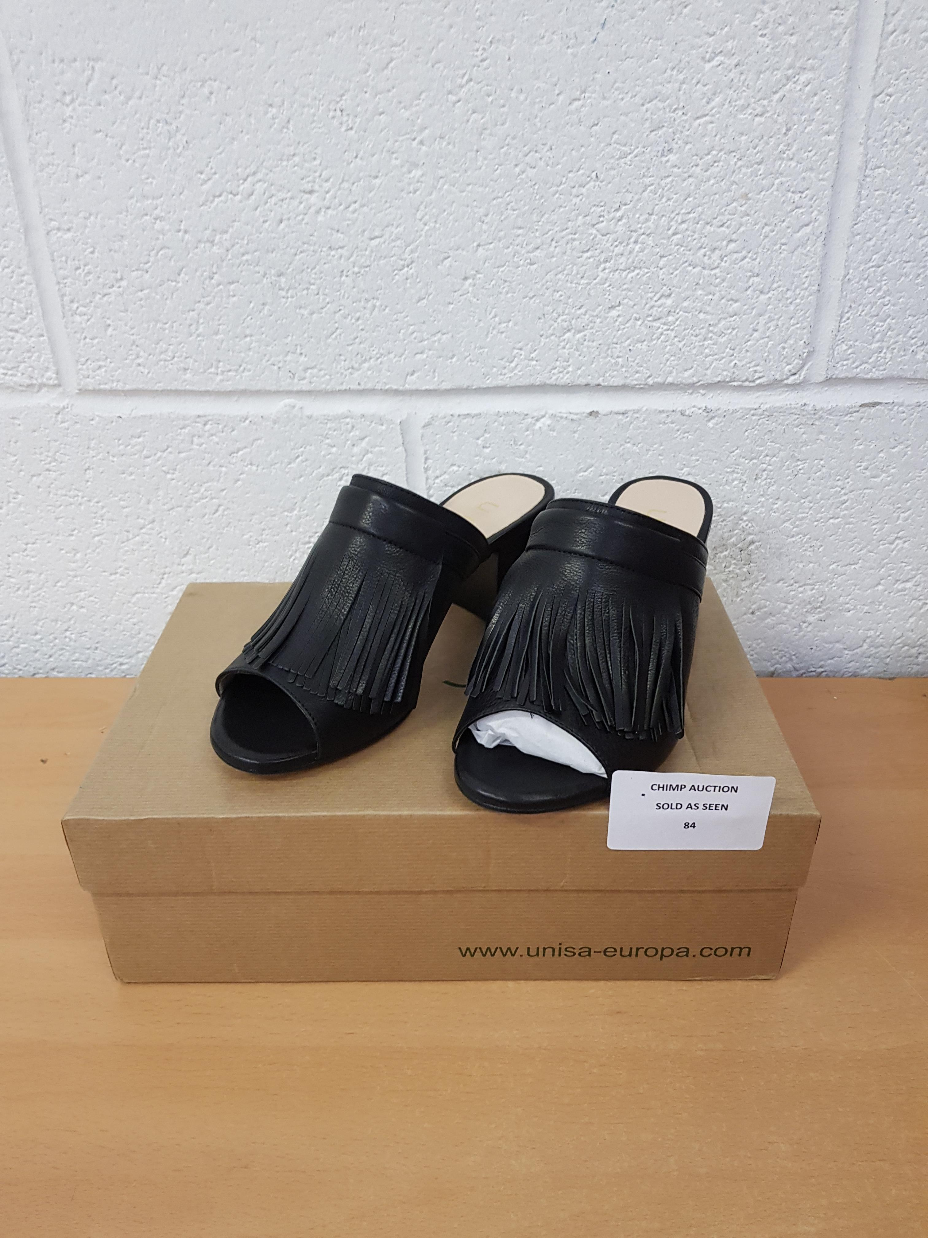 Lot 84 - Unisa ladies shoes EU 37
