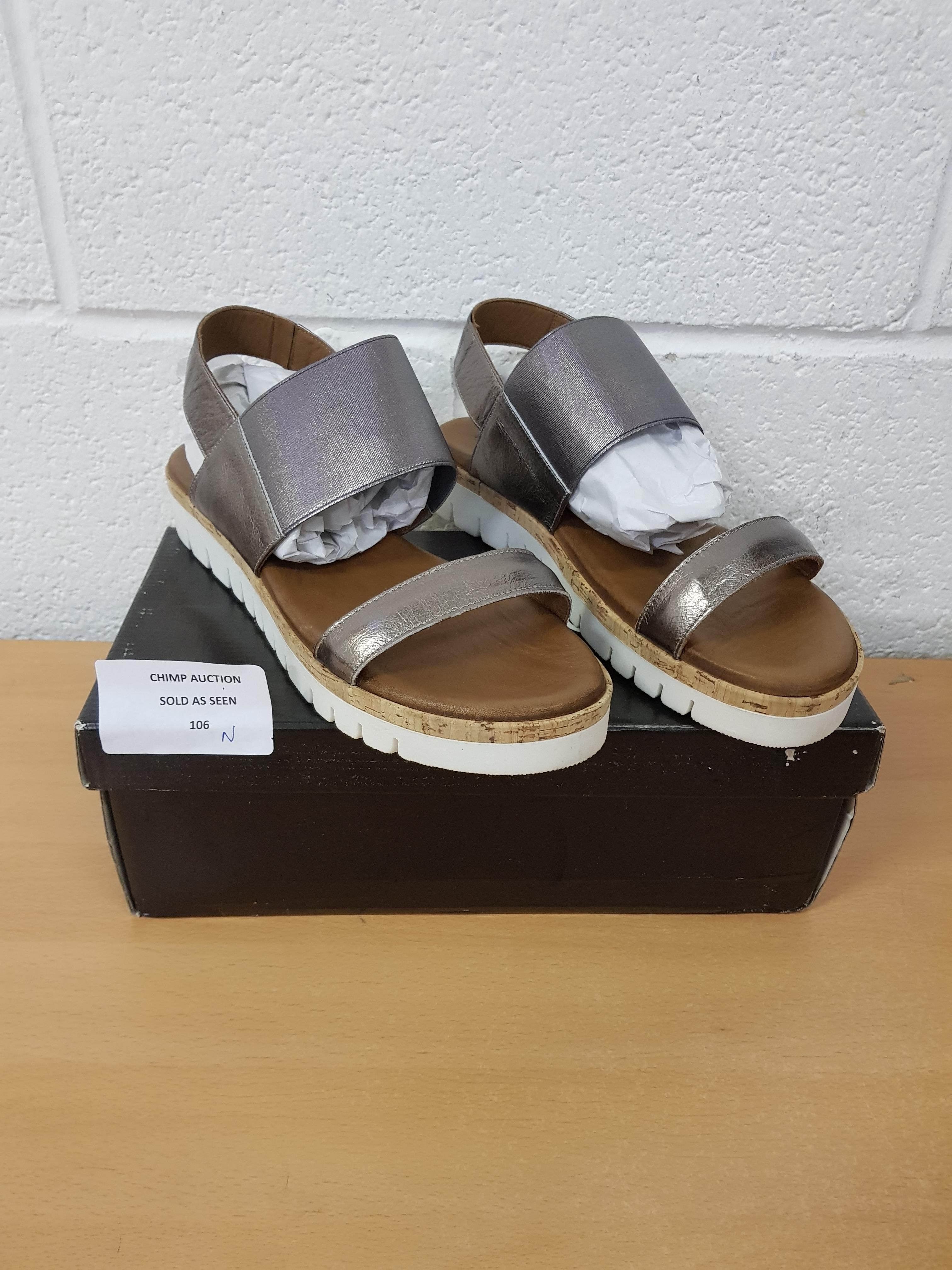 Lot 106 - Brand new Inuovo ladies sandals EU 41
