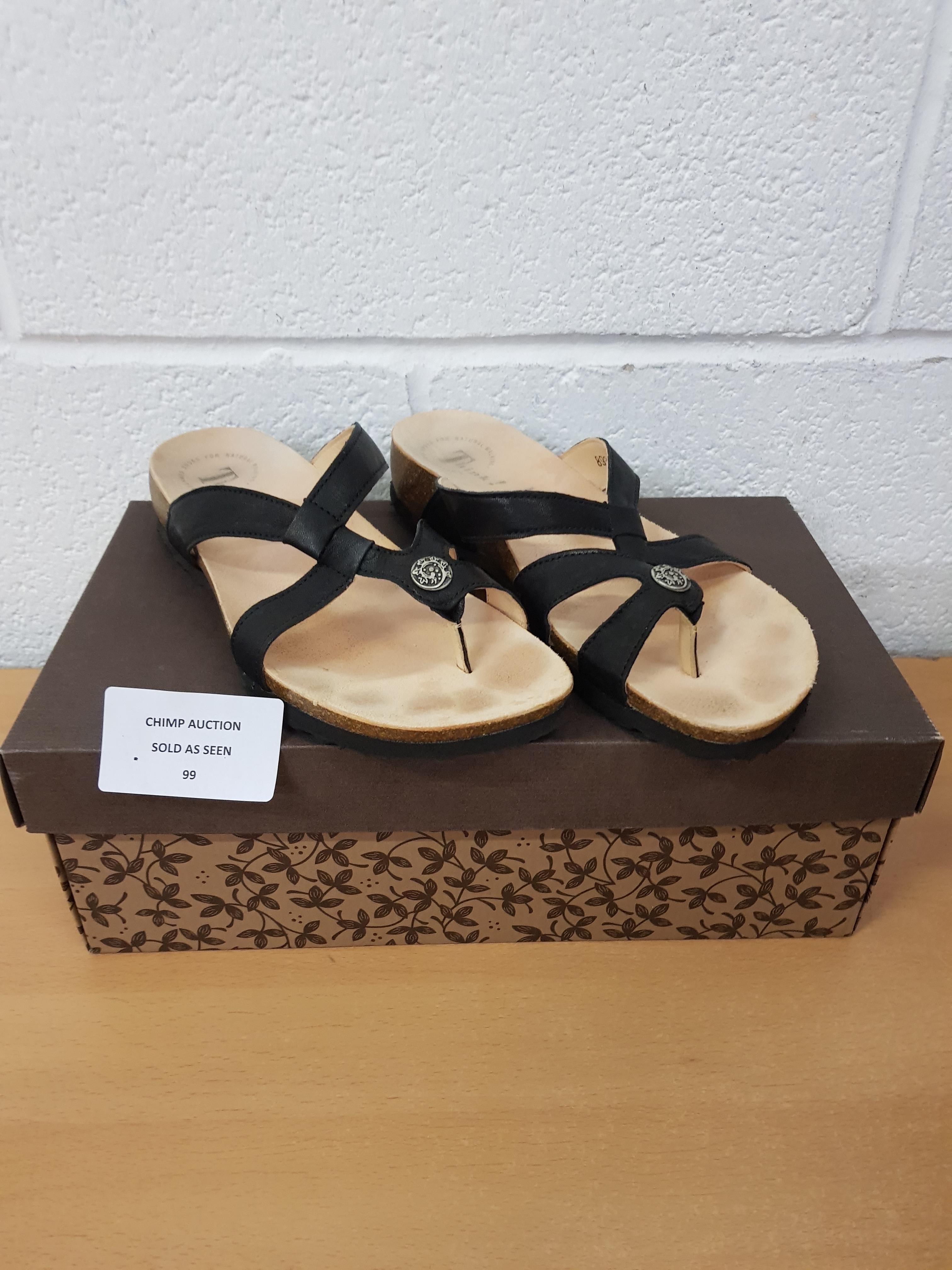 Lot 99 - Think! Ladies sandals EU 40