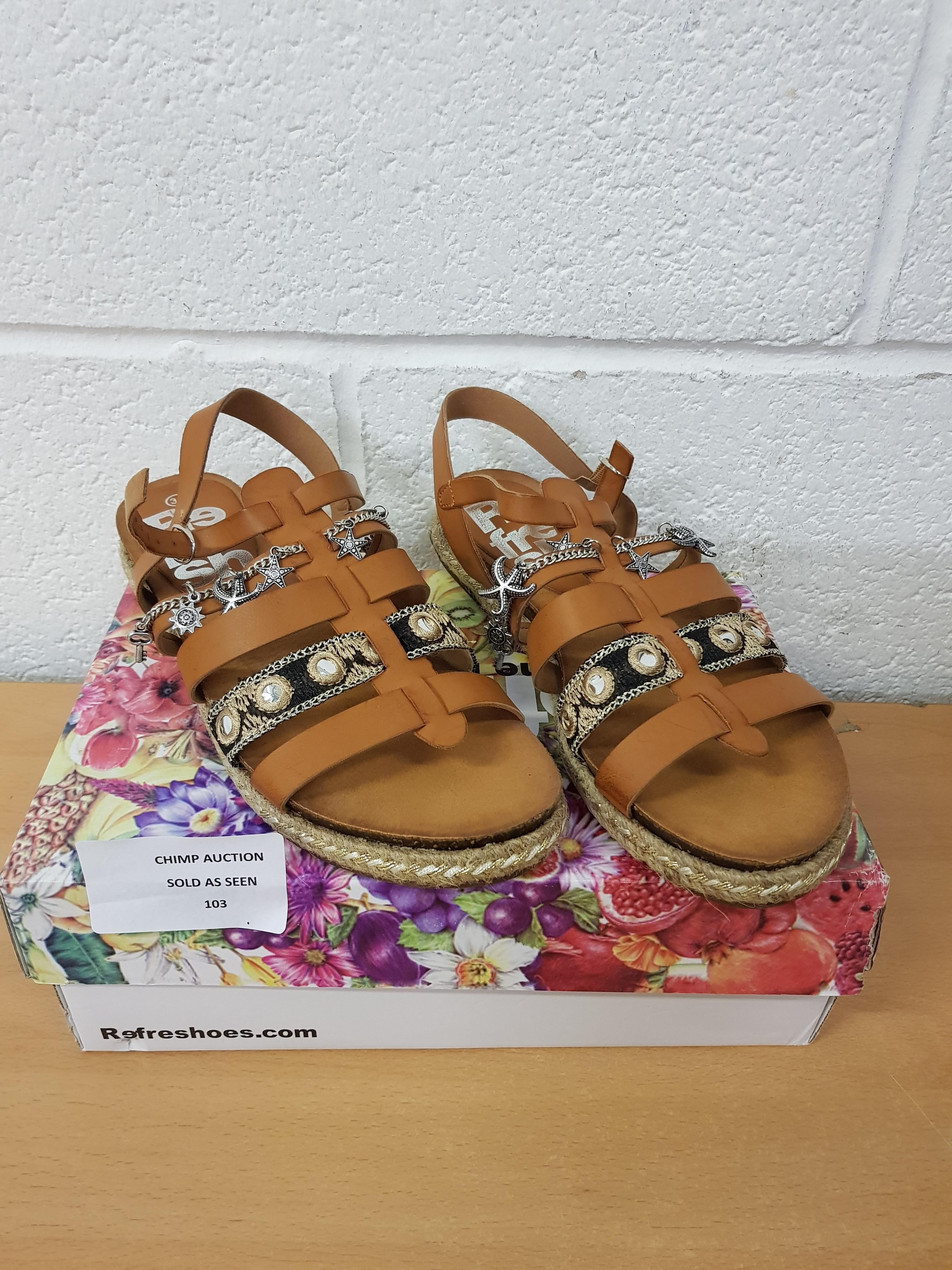 Lot 103 - Box Fresh ladies shoes EU 39