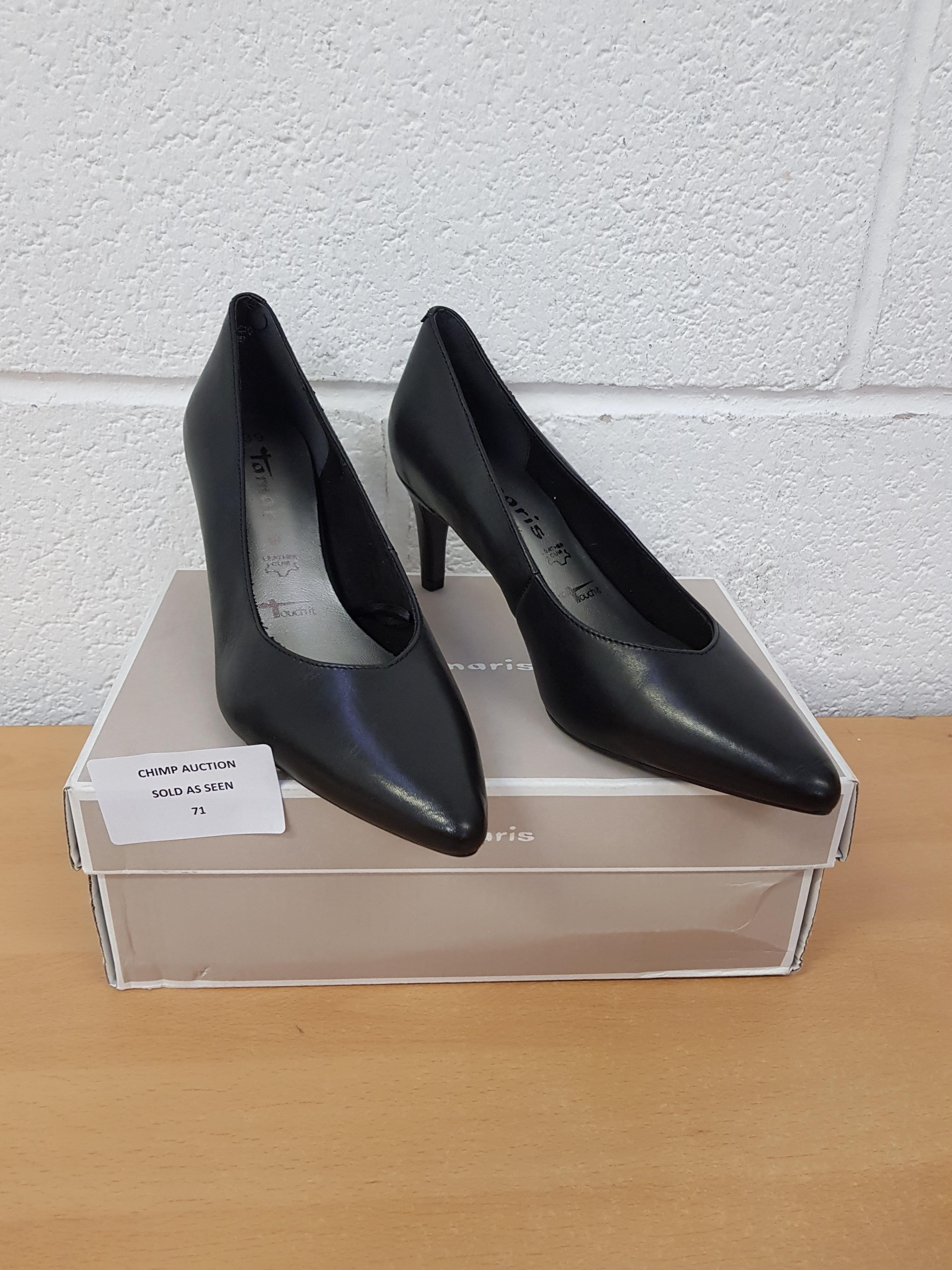 Lot 71 - Tamaris ladies shoes EU 39