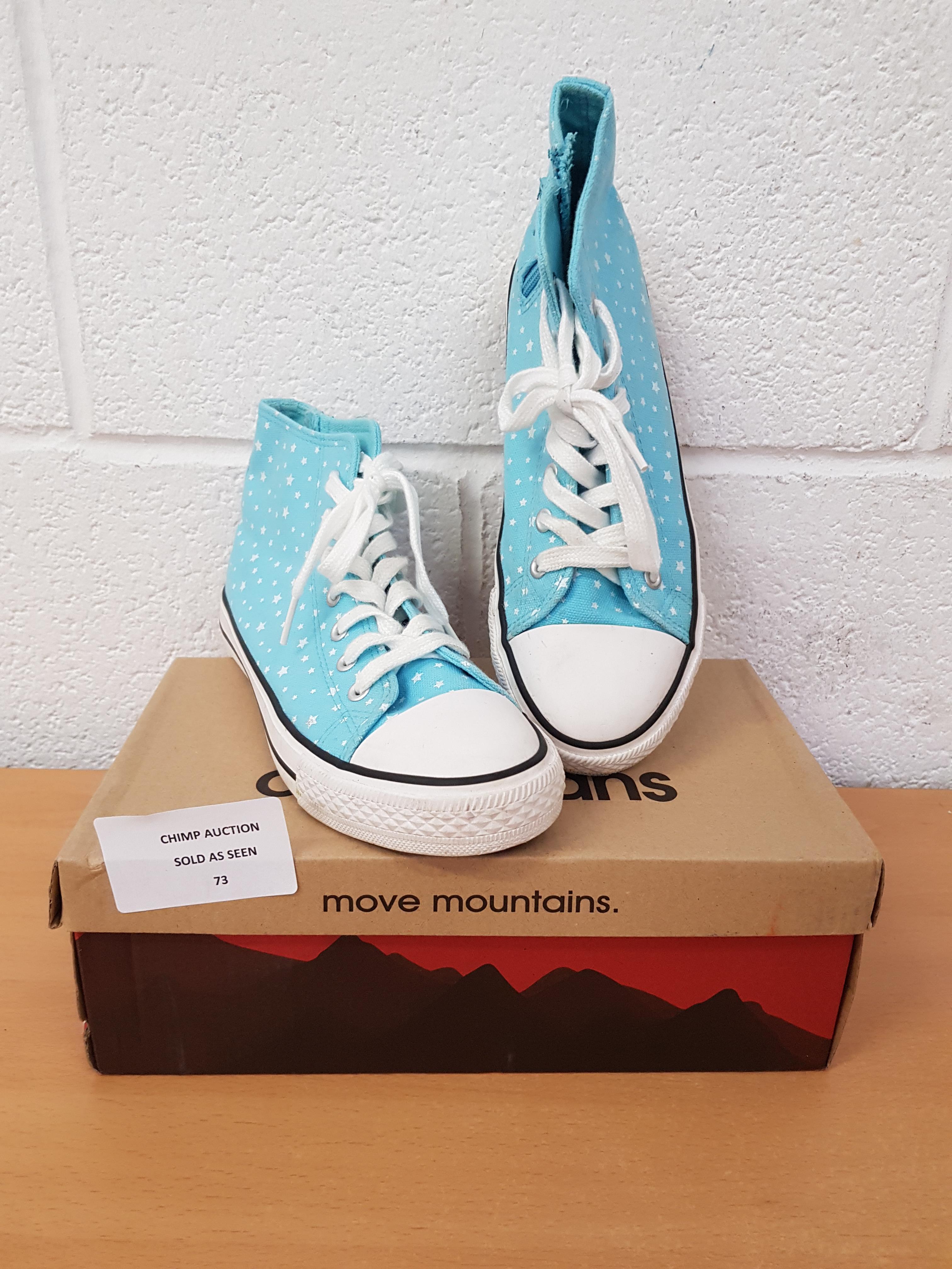 Lot 73 - Canadians Move Mountains ladies shoes EU 39