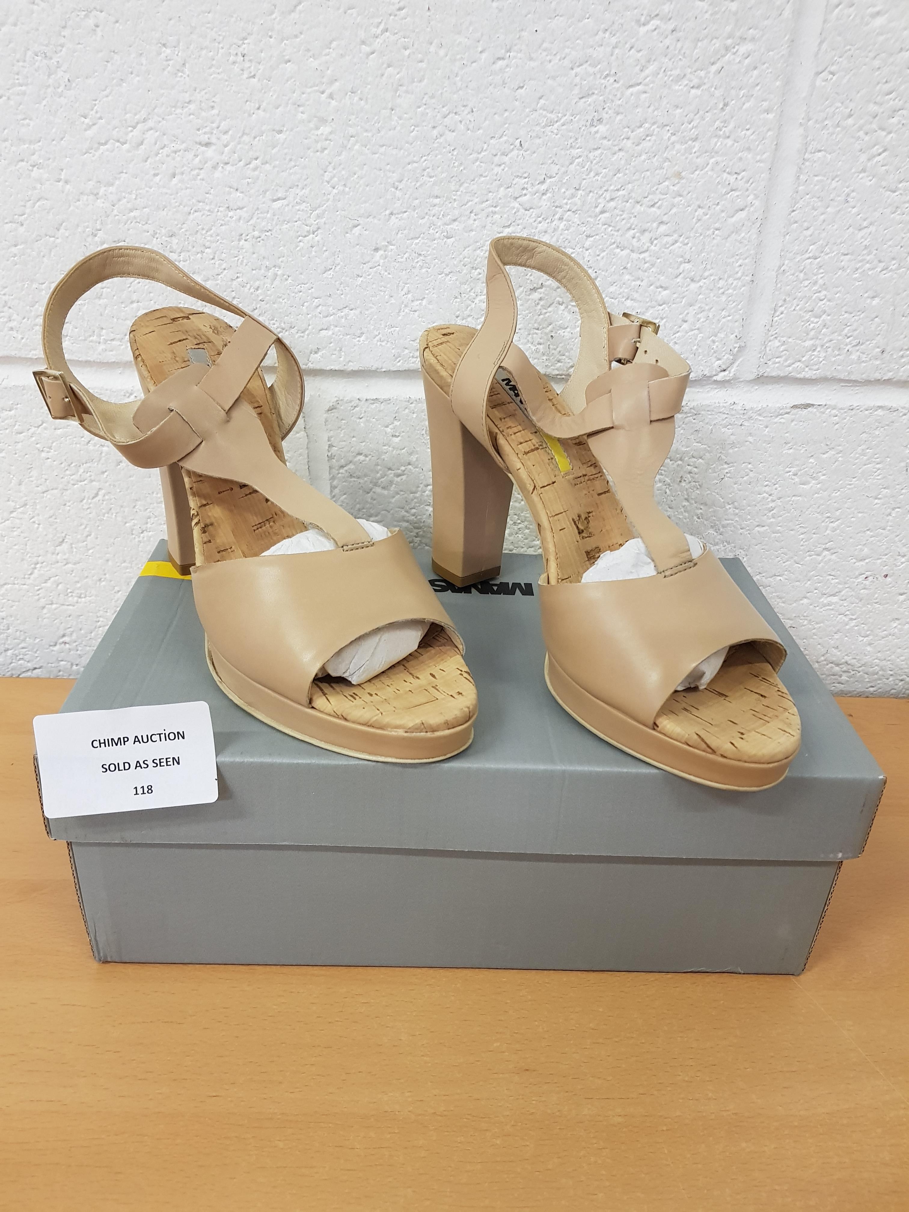 Lot 118 - Manas ladies shoes EU 42