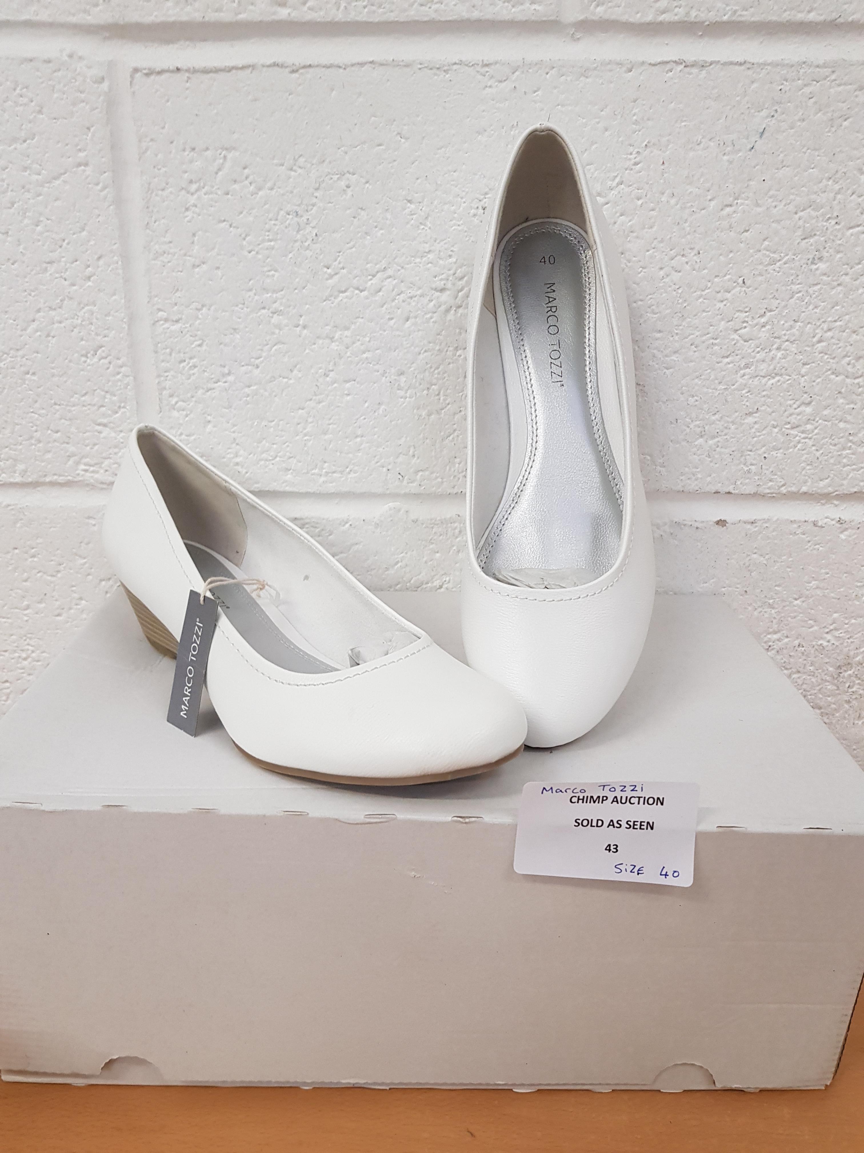 Lot 43 - Marco Tozzi ladies shoes EU 40
