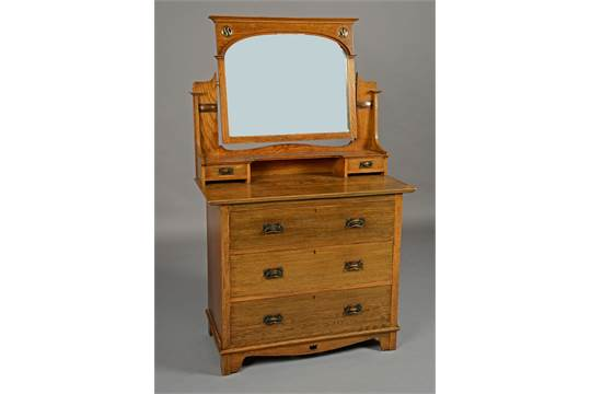 reputable site f1d48 1ee04 A LEBUS OAK ARTS AND CRAFTS DRESSING TABLE, with arched ...