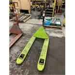 ULINE H-2708 5500 Lb. Industrial Pallet Jack