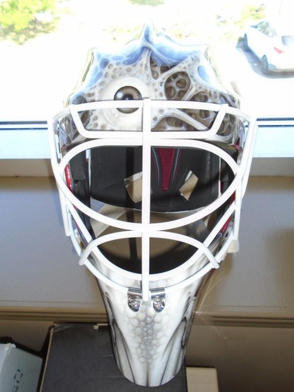 Lot 21 - CCM Pro L Graphic Goalie Mask