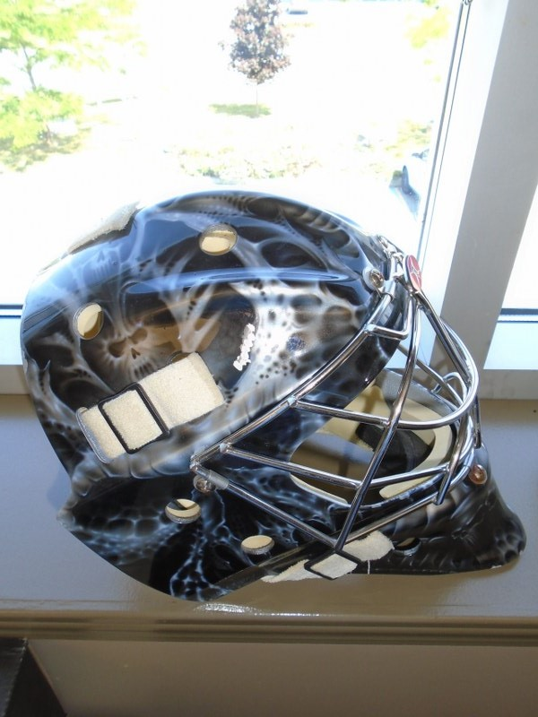 Lot 20 - Itech Graphic Goalie Mask