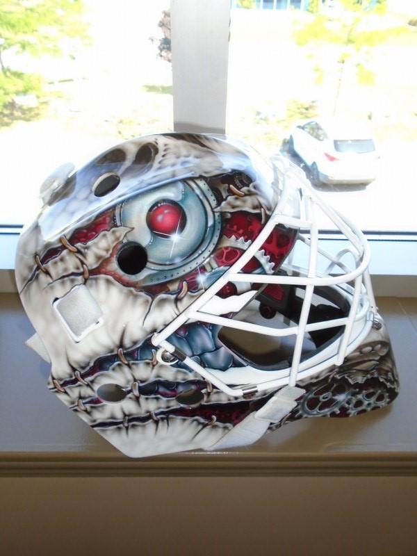 Lot 19 - CCM Pro L Graphic Goalie Mask