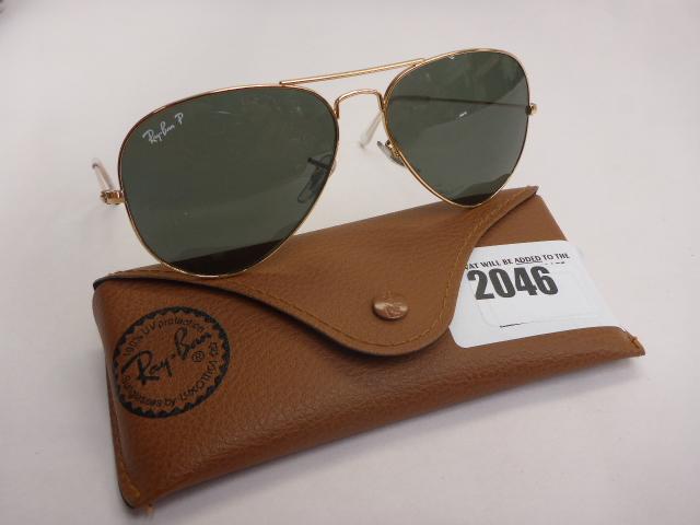 Lot 2046 - Ray-Ban 3025 aviator sunglasses