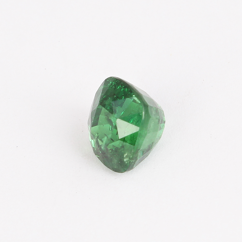 Lot 52 - IGI Certified 1.87 ct. Tsavorite Garnet - Untreated - KENYA, EAST AFRICA