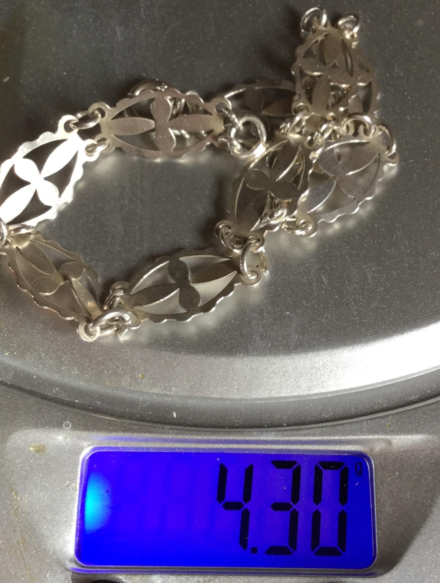 Lot 18 - Unusual cross vintage silver bracelet from Malta 4.3 gram great gift
