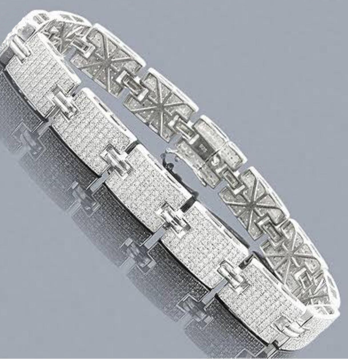Lot 51 - 14 K / 585 White Gold Diamond Bracelet
