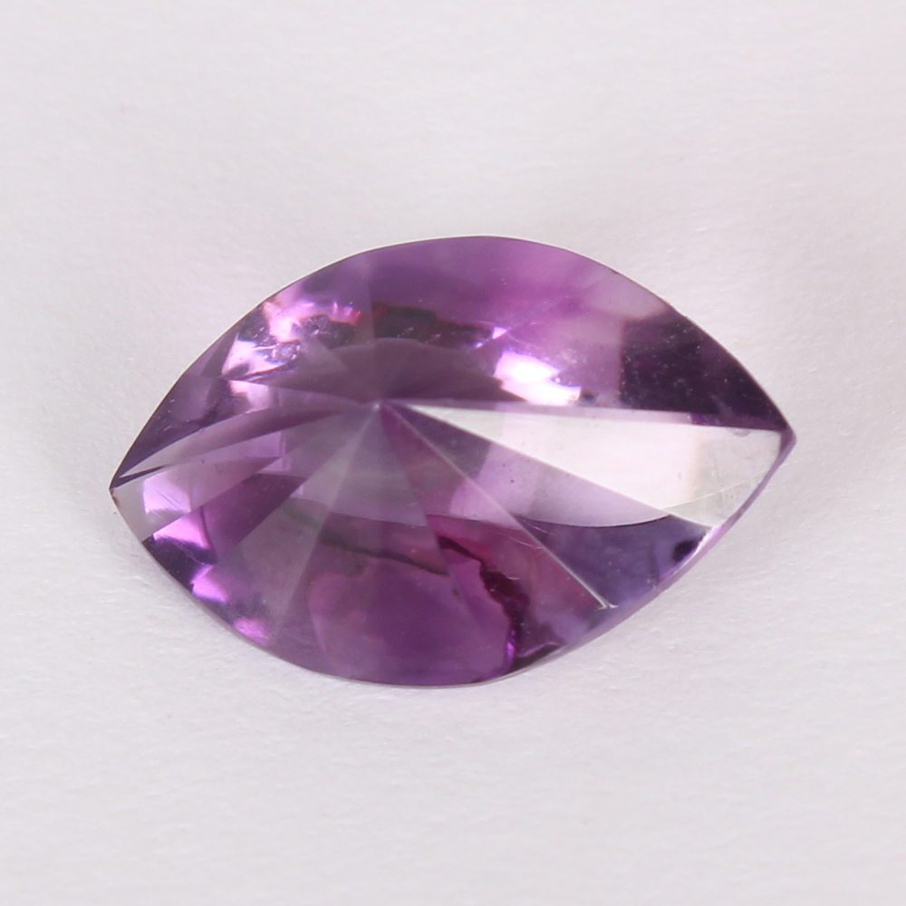Lot 56 - GFCO (SWISS) Certified 4.28 ct. Purple Amethyst