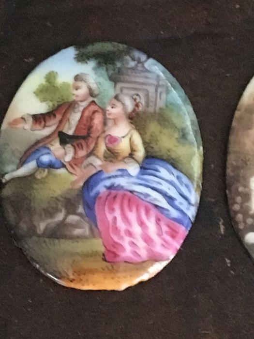 Lot 22 - 2 French Miniatures in Enamel 18thCentury