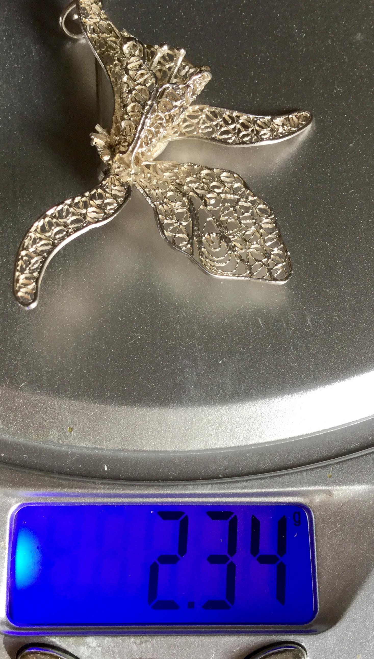 Lot 19 - Vintage Floral fine filigree work pin brooch from Malta 2.34 g