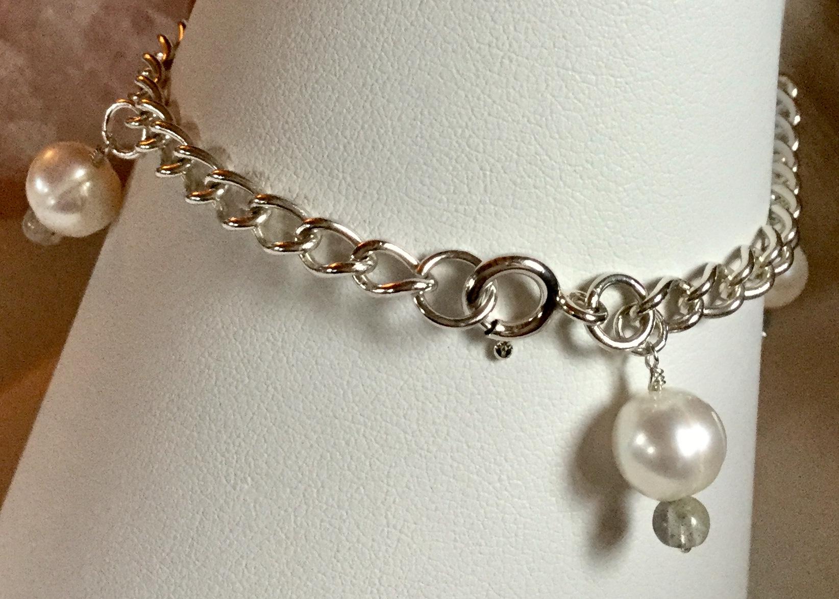 Lot 12 - Vintage 925 Silver Bracelet charm of Freshwater Cultured Pearl Labradorite charm