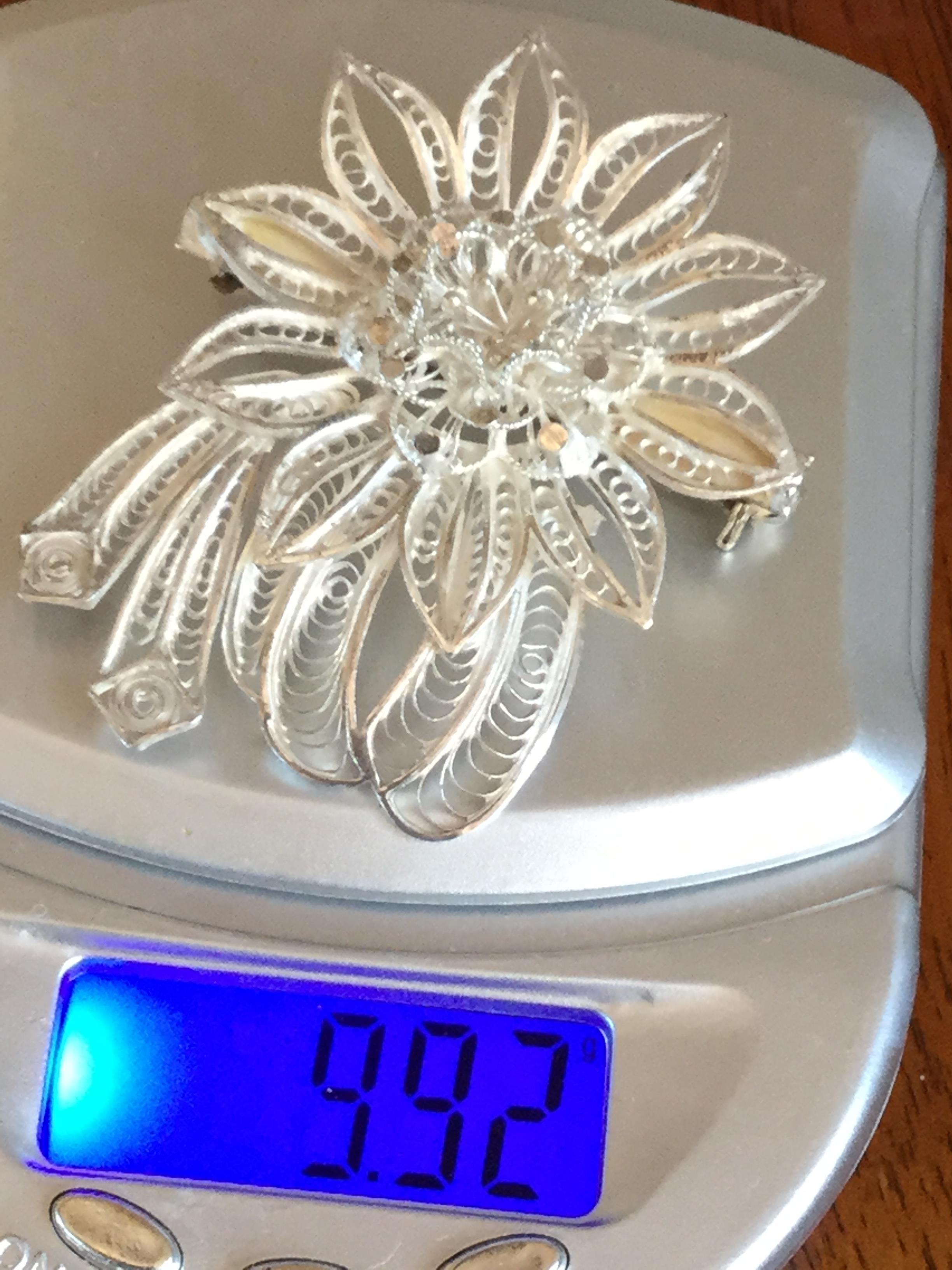 Lot 6 - Vintage Maltese 925 silver 3 D Flower Brooch 9.92 grams Intricate detail 5.5 Cm x 4 Cm