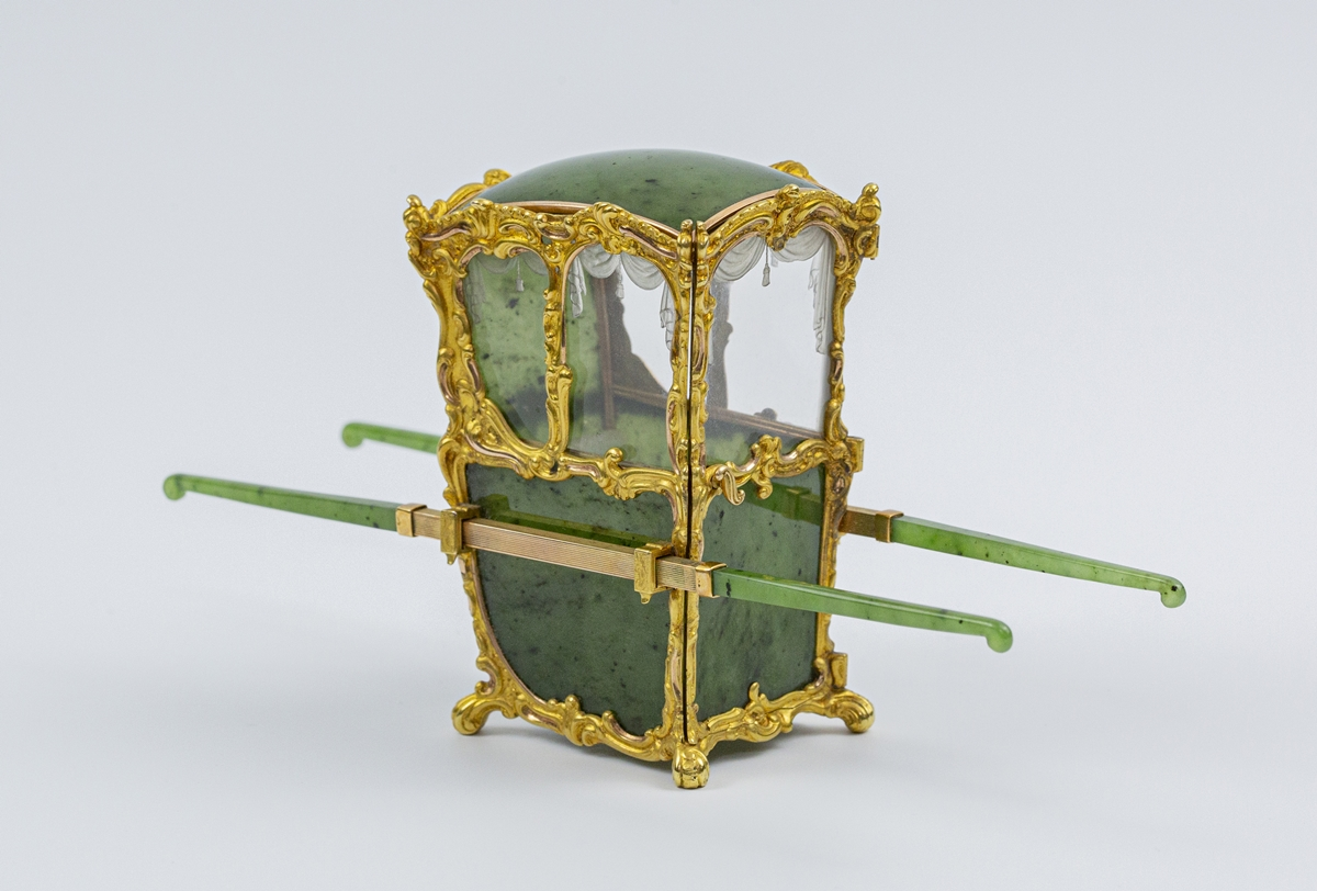 Fabergé nephrite, rock crystal, mother-of-pearl and gold miniature model of a sedan chair