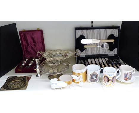 Quantity of silver plate and collectables to include cased fish eater and server set, twin handled pedestal bowl or tazza, br