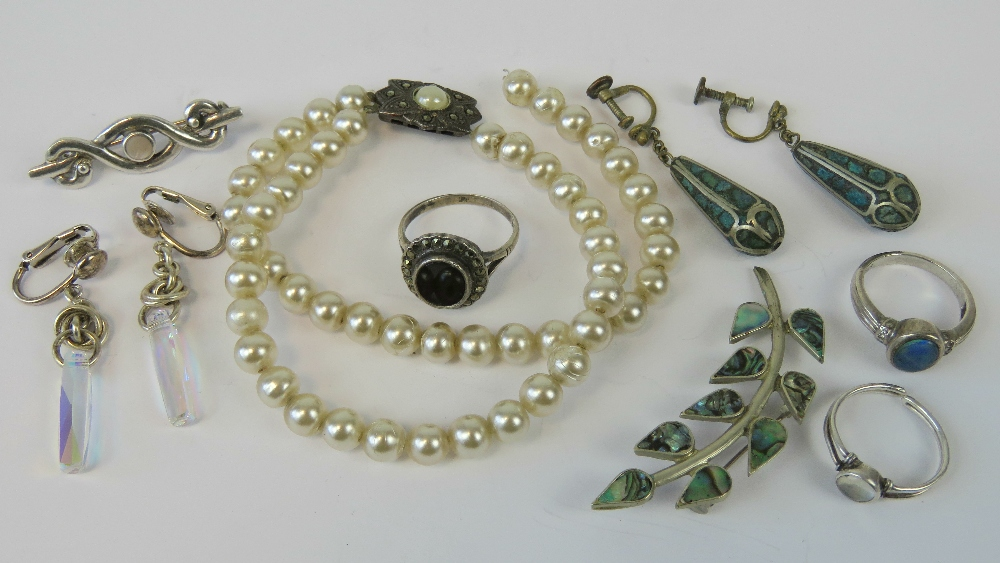 Lot 46 - Assorted silver and white metal jeweller