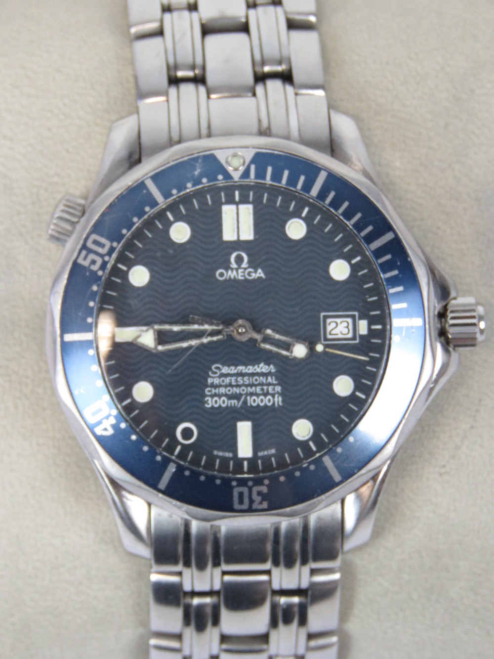 Lot 367 - An Omega Seamaster Chronometer stainless