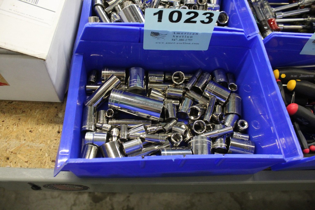 ASSORTED METRIC SOCKETS