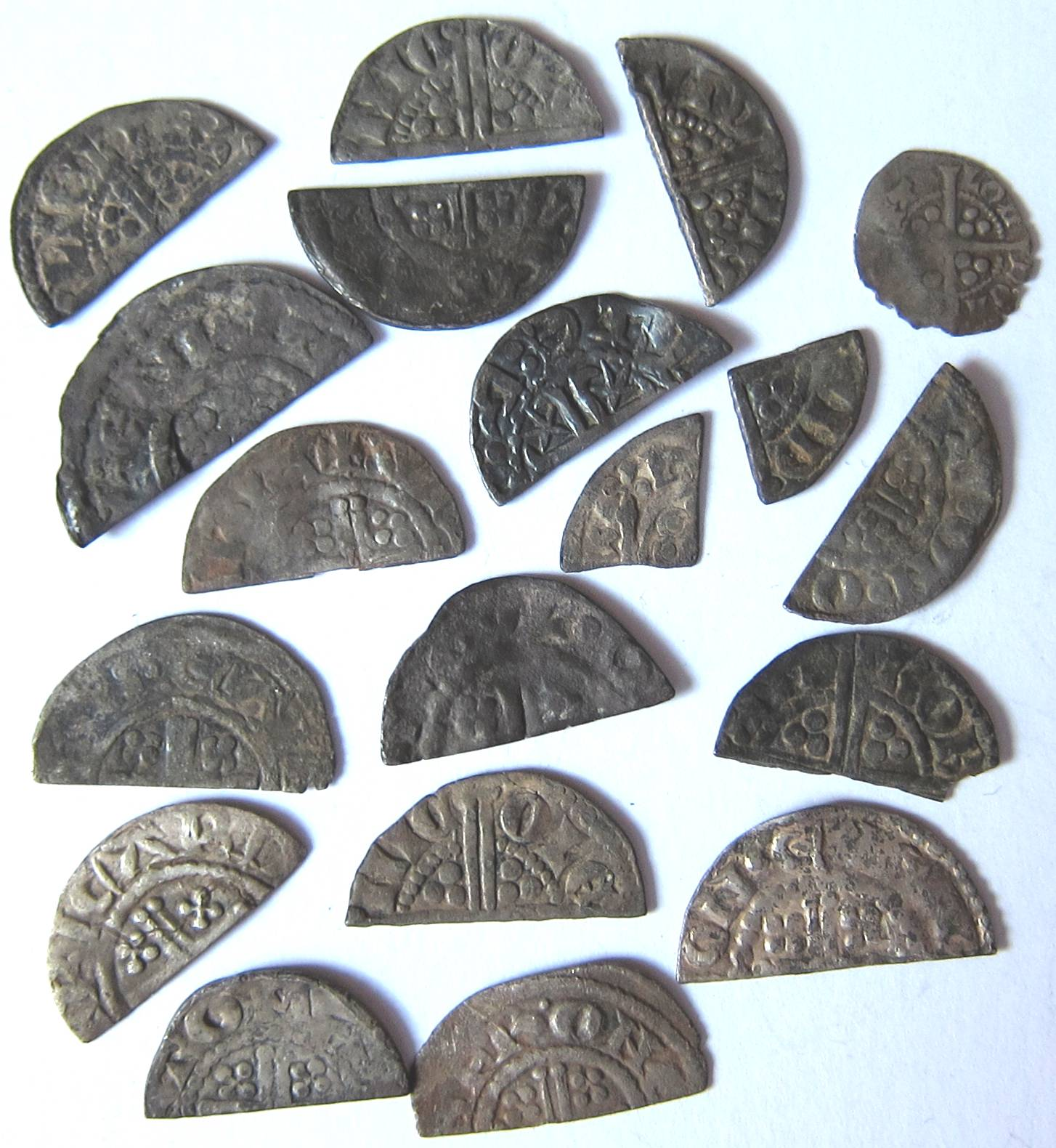 Lot 70 - Medieval - HENRY 111, etc. 16 x cut halfpennies, 2 x cut farthings and one full halfpenny.