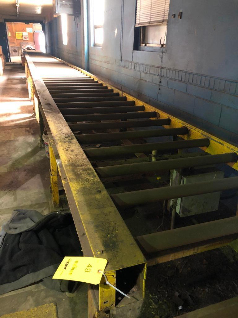 Lot 49 - LOT: Approx. 75 ft. of 40 in. Powered roller Conveyor on 12 in. Centers