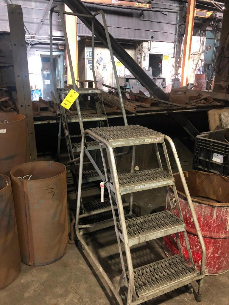 Lot 24 - LOT: (2) Portable Stairs