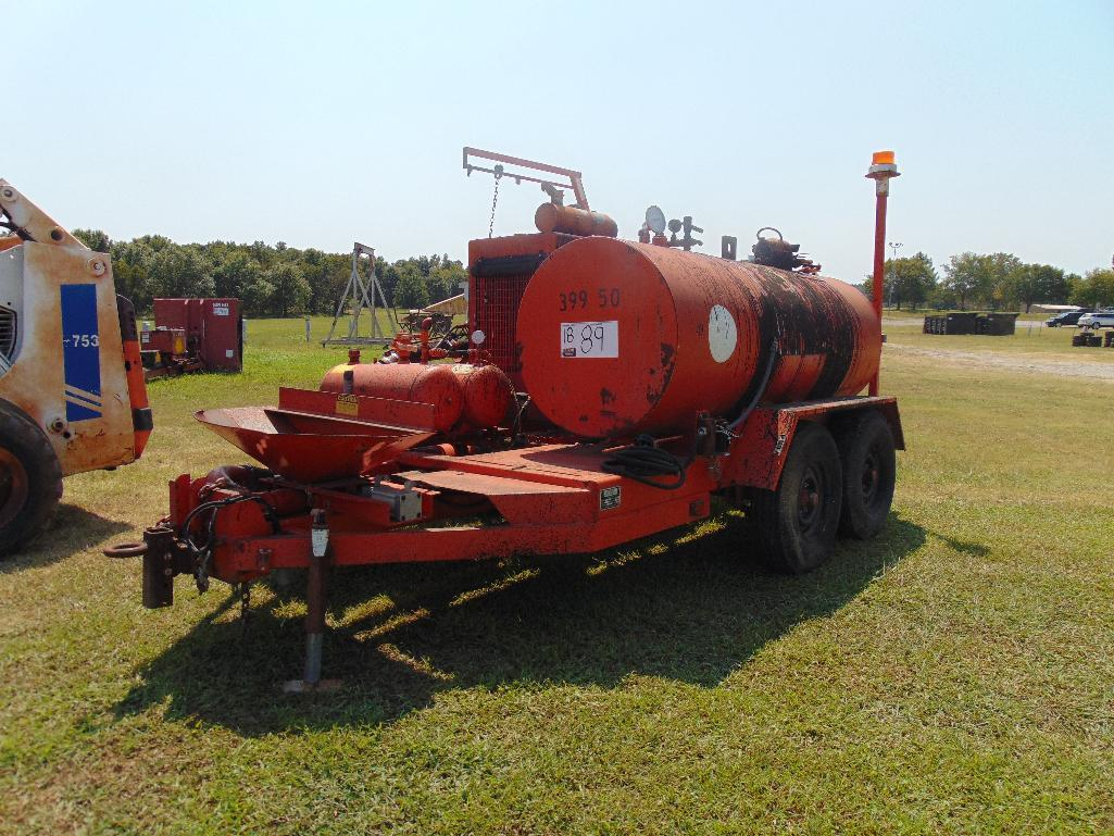 Lot 89 - 1999 Duraco 300 gal Dura Patcher ,s/n 1583, hour meter reads 1438 hrs, ,