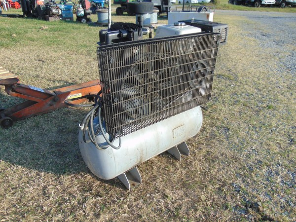 Lot 50 - Belaire 30 Gallon Gas Air Compressor, s/n 204932
