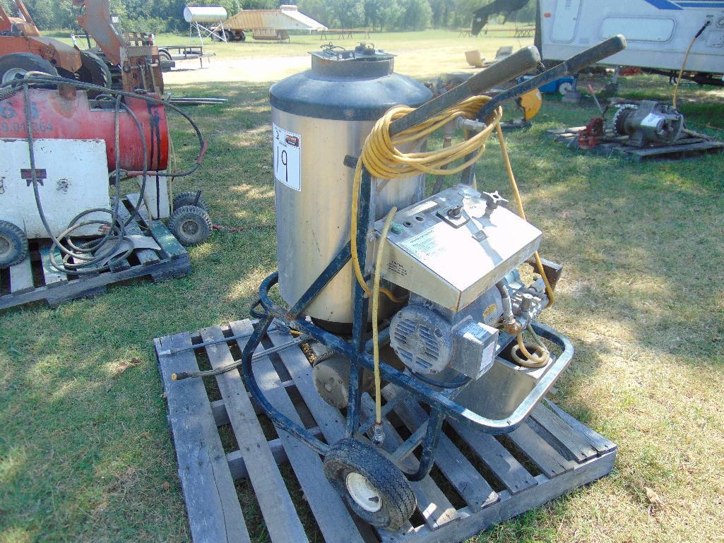 Lot 19 - Elite High Pressure Washer s/n 1994950