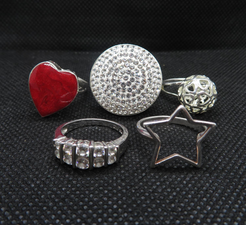 Lot 47 - Job lot of 5x silver dress rings 20g