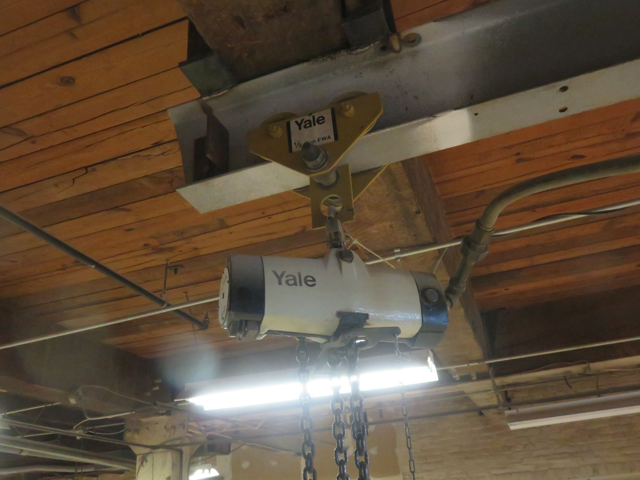 Yale 1/2 Ton Hoist and Trolley - Image 2 of 3