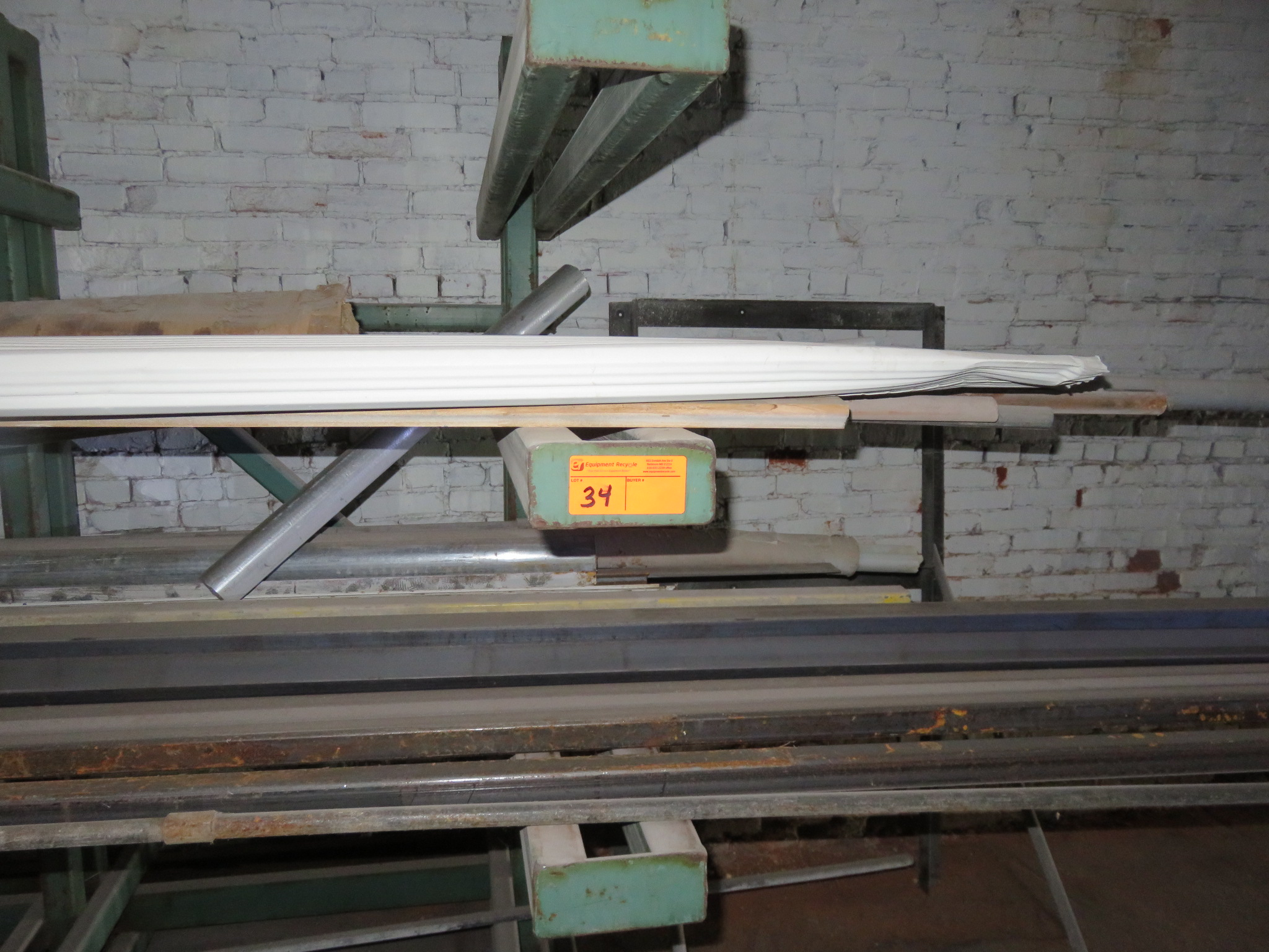 """Heavy Duty Cantilever Racking with Metal Stock Approx.123"""" x 56.5"""" x 82"""" - Image 6 of 6"""