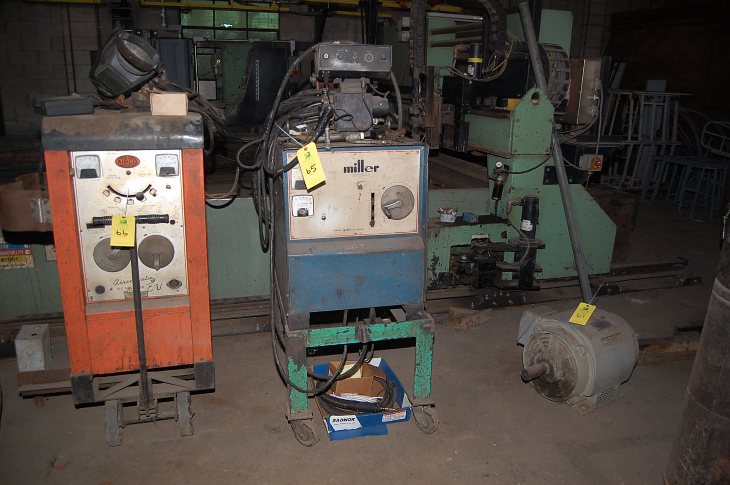 Wire Feeder And One Illustrates A 4 Wire Feed